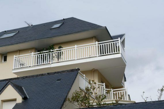 Création d'une terrasse par extension de balcons